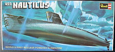 REVELL 0491 - USS NAUTILUS - 1:305 - U-Boot Modellbausatz - Submarine Model Kit gebraucht kaufen  Schorndorf