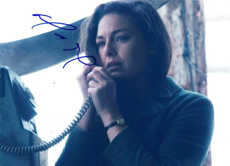 ALEXA DAVALOS SIGNED 8X10 PHOTO THE MAN IN THE HIGH CASTLE AUTHENTIC AUTOGRAPH