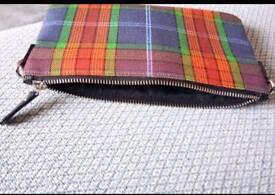 Fringe zip purs