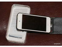 Ipod Touch 5th generation, 32gb,original box, as new.