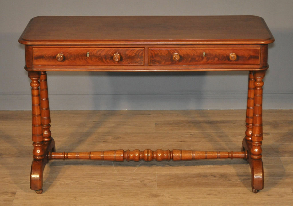 Attractive Antique Victorian Mahogany Side Table Writing Desk With Drawers