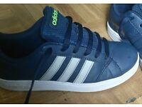 Boys size 3 adidas trainers verry good condition only worn couple times £15 pou failsworth