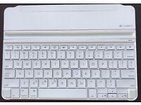 Logitech iPad Bluetooth Keyboard Cover