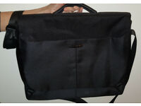 Samsonite Ergo Biz Laptop Messenger Bag