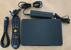 1TB SKY + WIFI+ HD BOX NEARLY LIKE NEW WITH REMOTE CONTROL,HDMI