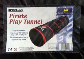 PIRATE PLAY TUNNEL ( SPIRIT OF THE AIR ) NEW, UNUSED. - bargain £ 5