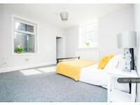 1 bedroom flat in First Floor, Padiham, Burnley, BB12 (1 bed) (#1086688)