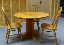 Fantastic Table + Chairs, Living Room Furniture - 3x Chairs and Round Table