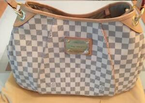 Louis Vuitton Tote ( More Styles And Brands Available)