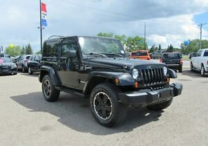 2012 Jeep Wrangler SAHARA w/ LEATHER, ALTITUDE PACKAGE