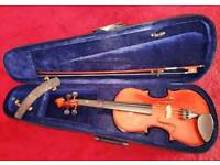 Full size violin in good condition