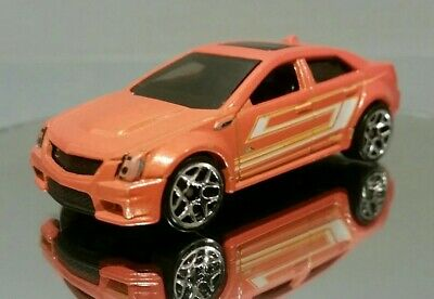 Hot Wheels 2009 Cadillac CTS-V (2012 Multipack Exclusive) Orange, 1/64