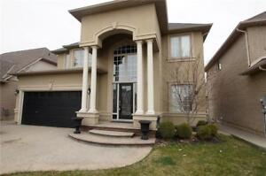 44 CHAMBERS Drive Ancaster, Ontario