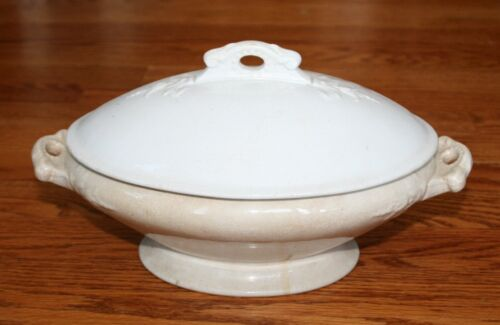 Royal Ironstone China Charles Meakin England Covered Casserole, Vintage Tureen