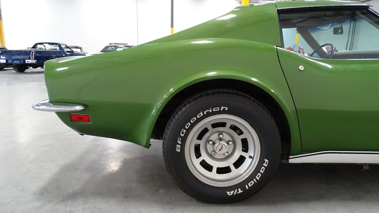 1973 Green Chevrolet Corvette   | C3 Corvette Photo 9