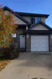 FORT SASKATCHEWAN - HALF DUPLEX FOR RENT