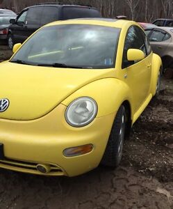 Parting out!! 2000 Volkswagen Beetle
