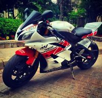 YAMAHA R6 2006 LOW KM SPECIAL EDITION