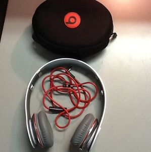 MONSTER-Beats-by-Dr-Dre-Studio-WHITE-Over-the-Head-Headphones