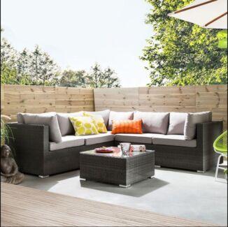 Outdoor Modular lounge 6pcs - Brand New