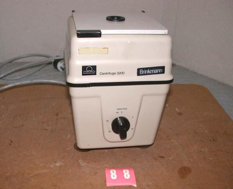 EPPENDORF BRINKMANN MODEL 3200 Centrifuge w/ Rotor Free S&H