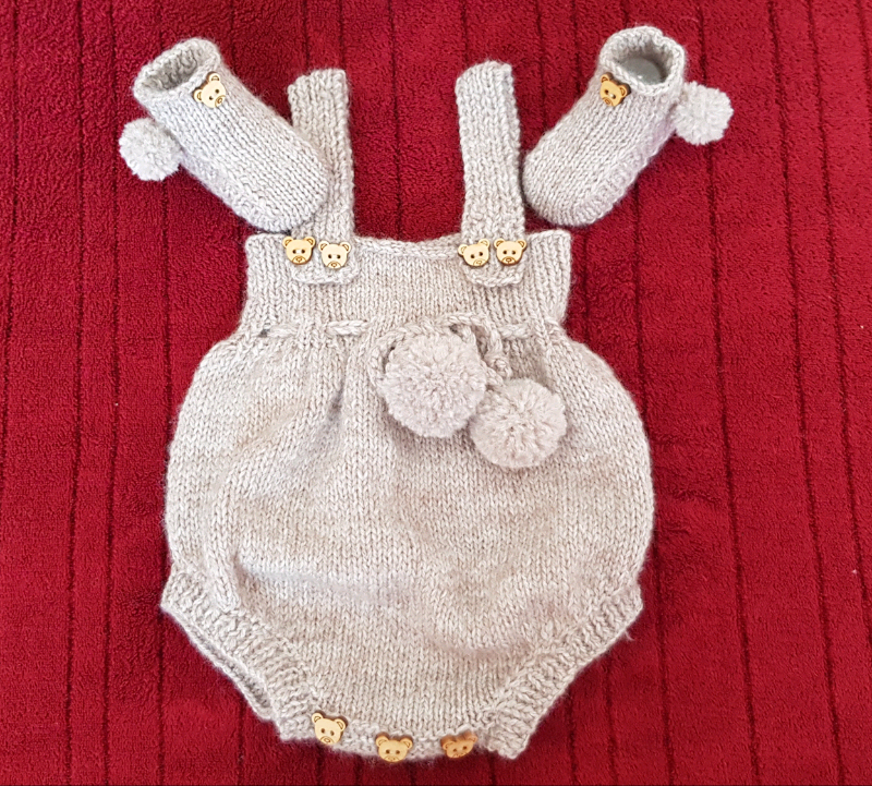 c5089726b Beautifu hand knitted baby clothes set | in Crawley, West Sussex | Gumtree