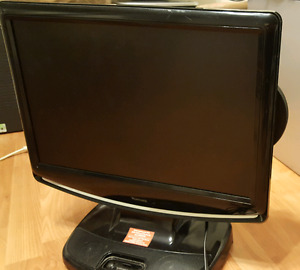 19 inches Venturer LCD TV/ Computer Monitor