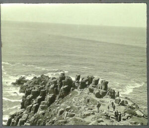 41-Lantern-Glass-Slide-Lands-End-Tourists-Cornwall-Photo-pre-1920s