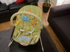 15,00 $ Chaise vibrante Fisher price