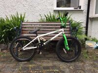 Saiko Radio BMX Bike. White/Green/Black