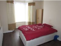 Double Room For a Single Working Prof Female Quite House From 1st August