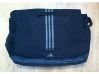 ADIDAS 3S TOP FLAP CLOSURE MESSENGER BAG BLACK