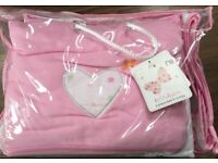 Mothercare 4 Piece bed in a bag for a cot or cot bed