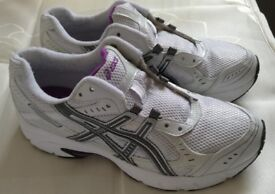 asics Patriot Running Fitness Trainers T1G7N White, size 6.5 UK, 39.5 EU, 25cm. (no offers, please)