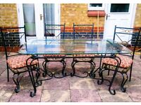 beautiful glass table & 6 chairs