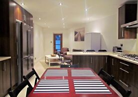 5 DOUBLE ROOMS AVAILABLE