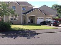 4 bed detached villa, converted garage in quiet residential estate close to Edinburgh & Glasgow