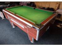 Superleague pub pool table