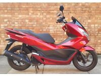 Honda PCX 125cc (16 REG) RED, 1 Owner! Immaculate condition, Only 1611 miles!