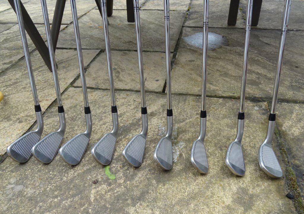 TAYLORMADE 200 IRONS, FULL SET 3-SW, R80 REGULAR SHAFTS, IN EXCELLENT CONDITION
