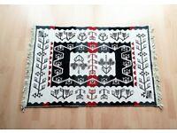 Brand new reversible Turkish kilim rug - Black/red/cream