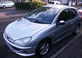 Peugeot 206 2006 1.4 Verve - MOT until Sept 2017 / Approx 67,000 miles