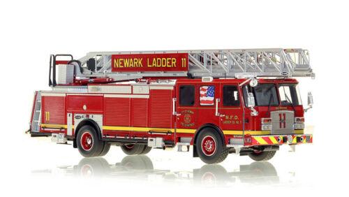 NEWARK FIRE DEPARTMENT E-ONE LADDER 11 1/50 Fire Replicas FR054-11