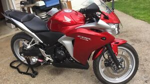 Honda CBR250r 2011 +extras! Clean! Best offer takes it!