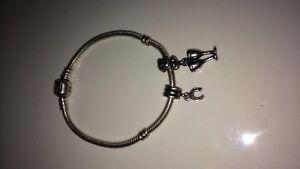 Pandora Bracelet / 2 Charms
