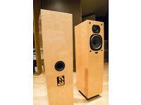 QUAD 21L Bird's Eye Maple Speakers