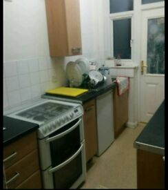 Spacious double rooms quite street