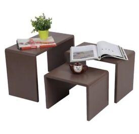 Nest of 3 coffee/tea tables