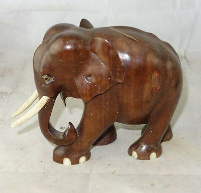 schöner geschnitzter Holz Elefant Afrika Handarbeit