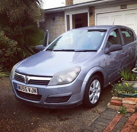 Vauxhall Astra 1.8 AUTOMATIC. Runs perfect !